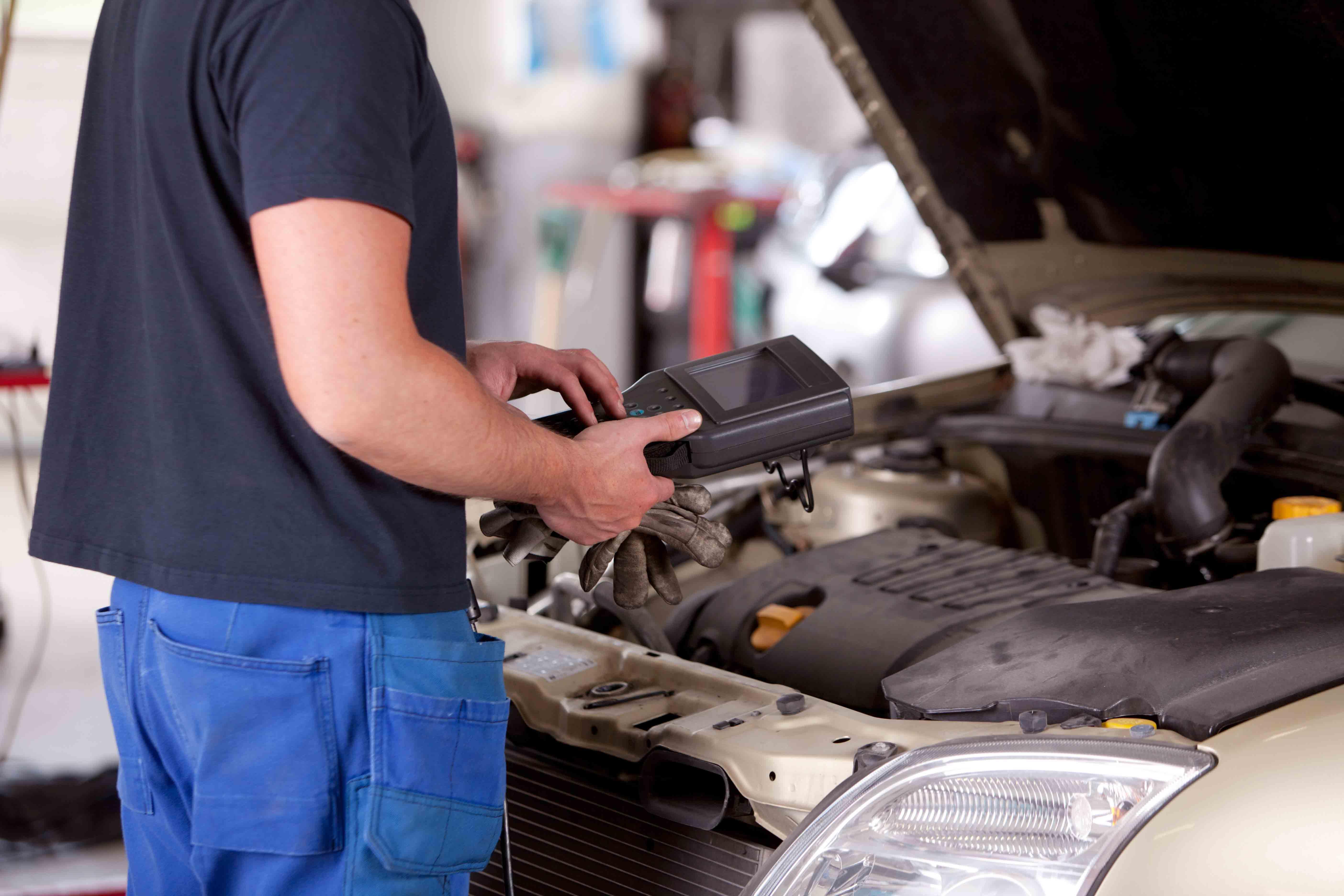 generalcarstre-meccanico-riparazione-auto